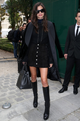 skirt boots coat sara sampaio model off-duty streetstyle fall outfits paris fashion week 2016 winter outfits winter look