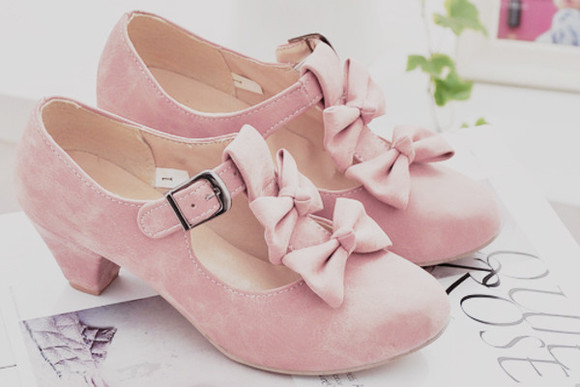 shoes pink shoes pink bow shoes bows pink bow heels girly heels girly shoes mini heels pink bow cute kawaii lovely teen pastel girl adorable lolita