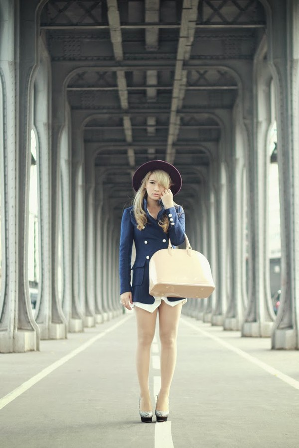 brown platform coat hat bag shoes