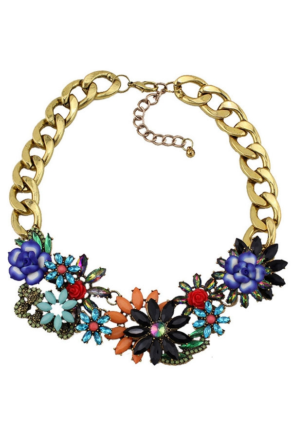 Eye-catching Cluster Flower Bib Necklace - OASAP.com
