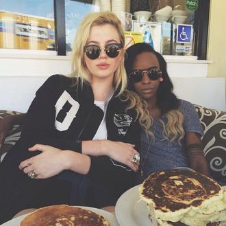 cat eye sunglasses black sunglasses cats sun cat-eye black glasses ring jacket pancakes food store black sunglasses tumblr
