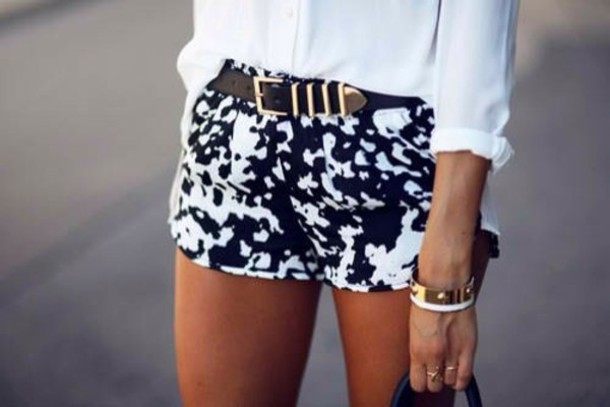 Shorts: black, white shorts, classy, summer outfits, black and ...