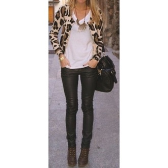 cardigan leopard print fall outfits