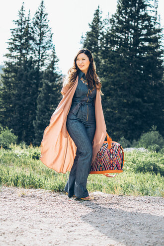 sandy a la mode blogger jumpsuit jacket shoes bag jewels