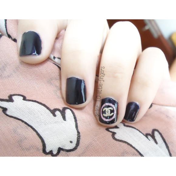 burberry nail polish decoration stickers decals nail art diy logo symbol chanel dior prada glitter nail accessories louis vuitton Nails