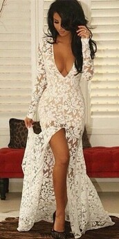dress,mesh,lace,prom dress,white dress,floral,white,prom,bodycon,tight,white prom dress lace,lace dress,white lace,v neck dress,long sleeve crop top,long prom dress,long dress,white prom dress,floral dress,wedding dress,bridal gown,lace wedding dress,morden,fashion,prom gown,sexy,prom beauty,white lace dress,long sleeves,mermaid prom dress,plunge v neck