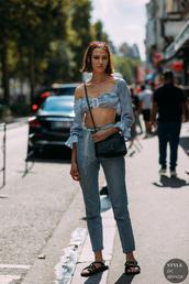 jeans,flat sandals,checkered,top,crop tops,glasses,crossbody bag