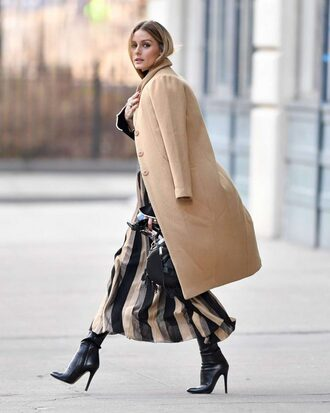 coat dress blogger fall outfits olivia palermo ankle boots