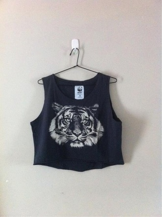 shirt tiger urban fashion crop tops graphic tee tiger shirt black white tank top tumblr t-shirt white tank top black shirt lion roar top sleeveless tight