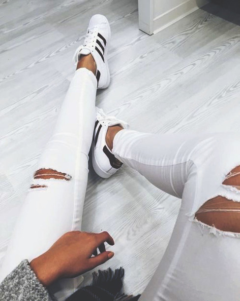 jeans ripped jeans style tumblr tumblr outfit tumblr