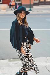 chictalk,blogger,skirt,jeans