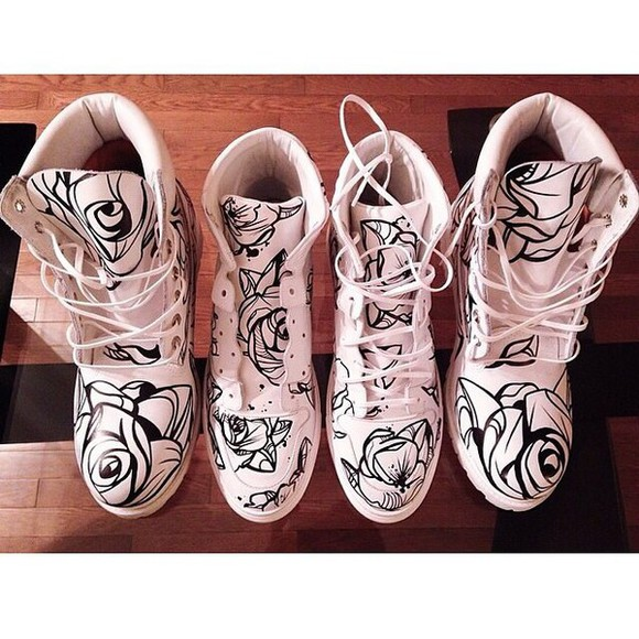 shoes boots lace up timberlands print floral DrMartens white and black white boot style monochrome