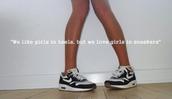 shoes,sneakers,nike,nike sneakers,black,white,street,air max