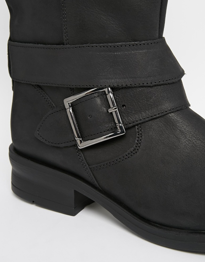 Oasis Faux Fur Lined Biker Boots at asos.com