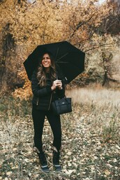 mint arrow,blogger,coat,t-shirt,leggings,shoes,bag,fall outfits,duck boots,boots,handbag,black jacket,all black everything