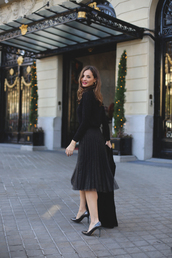 lady addict,blogger,shoes,jacket,sweater,romper,jumpsuit,midi skirt,pleated skirt,high heel pumps,pumps,black sweater
