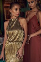 dress,metallic,gold,nicole richie,gown
