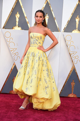 dress yellow yellow dress gown prom dress alicia vikander oscars 2016 strapless dress bustier dress sandals long prom dress louis vuitton