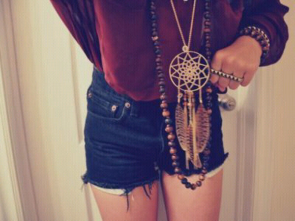 jewels dreamcatcher necklace neacklace accessories long neaklace feathers necklace jacket jeans blouse