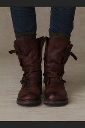 shoes,combat boots,leather,brown,vintage,straps,buckles,buckle boots