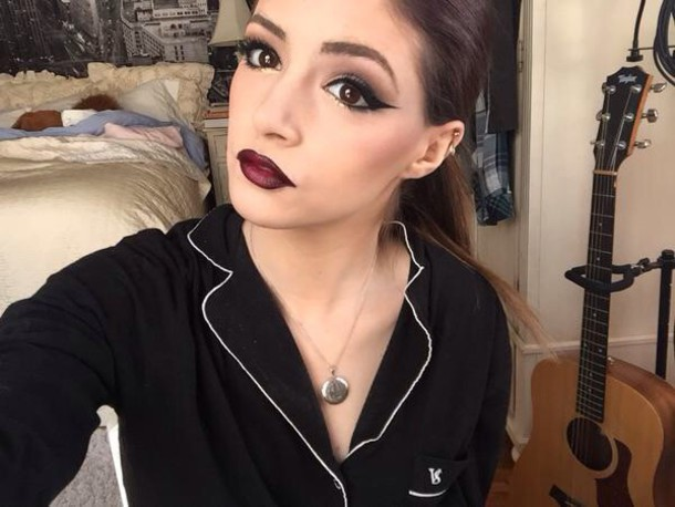 make-up eye makeup glimmer shimmer lipstick chrissy costanza