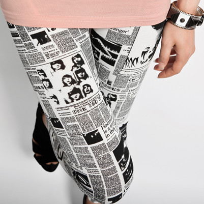 White Skinny Magazine Print Leggings
