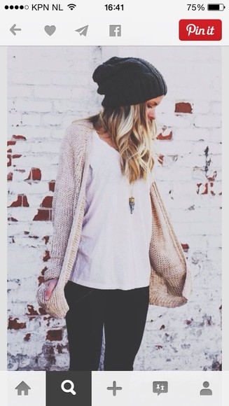 sweater jeans white shirt white black cardigan knitted cardigan knitwear cream cream knit sweater t-shirt vest necklace beanie grey grey beanie knitted beanies blonde hair black jeans gold silver