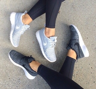 shoes nike running shoes roshe runs nike shoes womens roshe runs grey shoes