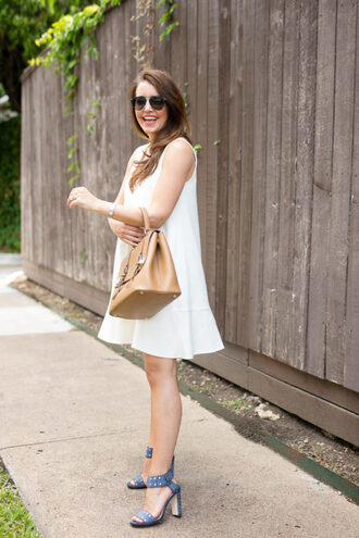 dallas wardrobe // fashion & lifestyle blog // dallas - fashion & lifestyle blog blogger dress shoes bag sunglasses