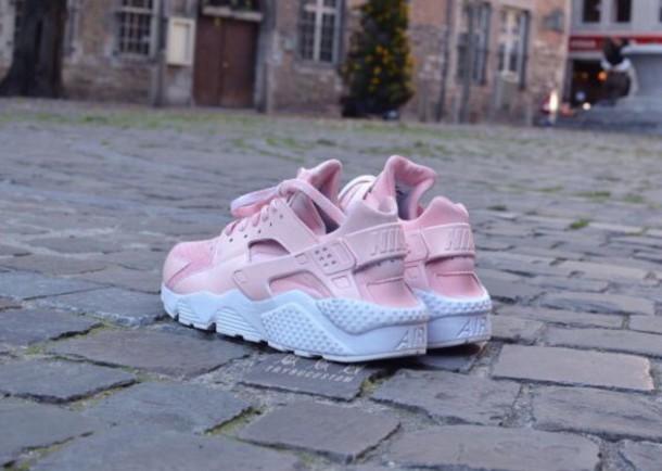 b5d36007043b shoes nike pink shoes nike sneakers huarache nike shoes light pink white  huarache rose pink pink