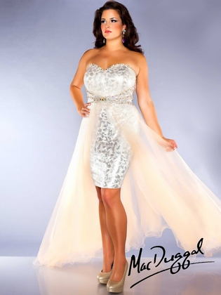Mac Duggal Fabulouss Plus Size Prom Dress 76665F : DressProm.net