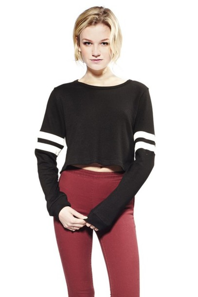 9dbfe4c563003 shirt black and white sporty chic sporty top long sleeves pullover crop  tops sporty crop top