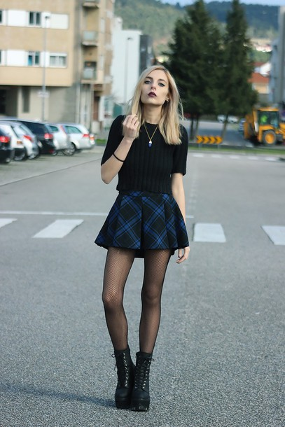 Sweater: the black effect, blogger, mini skirt, plaid skirt, black ...