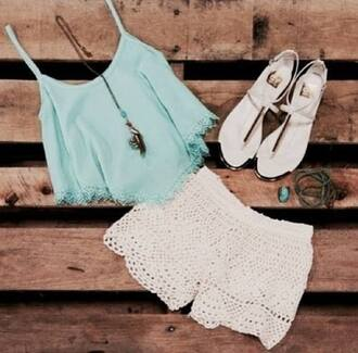 shorts top dentelle blanc été turquoise bijoux looooove shirt tank top pastel sandals knit lace tumblr