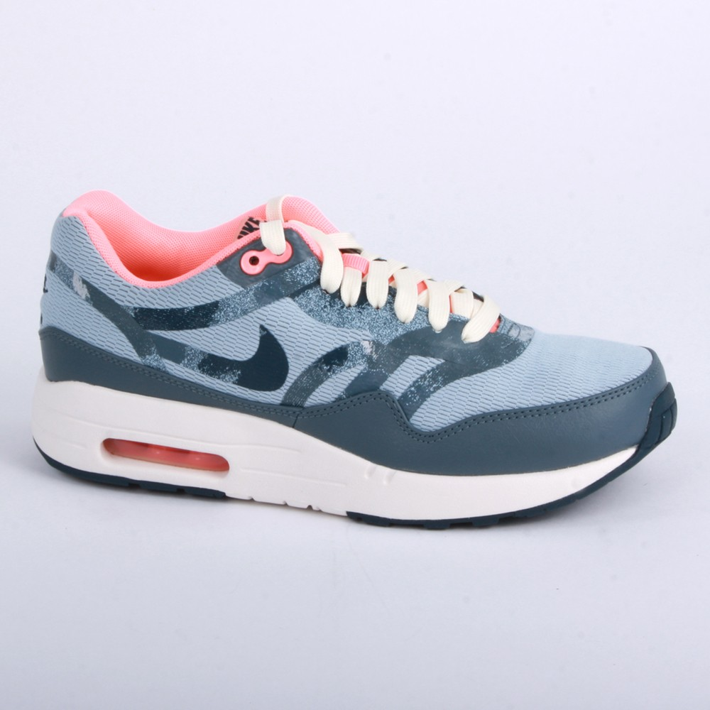Nike air max 1 womens trainers blue pink