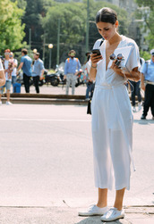 shoes,superga,sneakers,white sneakers,jumpsuit,white jumpsuit,streetstyle,spring outfits,all white everything,all white outfit