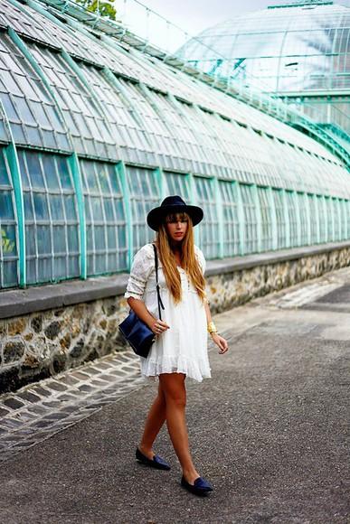 white dress fringe and frange blogger bag felt hat
