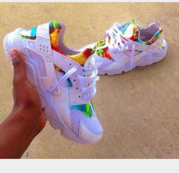 shoes floral white nike air huaraches colorful huarache nike nike sneakers - Nike Huarache Colors