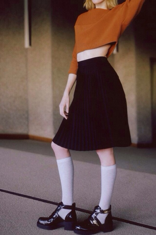shirt orange jumper skirt midi skirt knee high socks