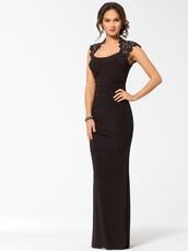 dress,black,lace,prom,gown,long evening dress,elegant,classy,mermaid dresses,help?