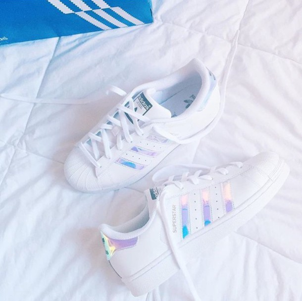 shoes adidas superstars adidas holographic holographic. Black Bedroom Furniture Sets. Home Design Ideas