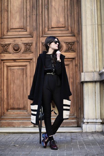 views by laura blogger coat black and white winter coat shoes jumpsuit bag sunglasses jewels