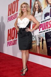 dress,strapless,reese witherspoon,sandals,black and white,shoes,bustier dress,black and white dress
