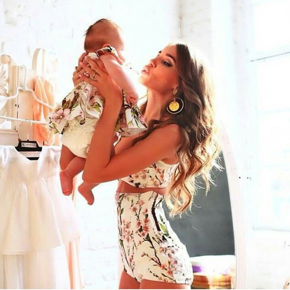 pattern floral shorts floral tank top baby short combishort nice trendy trend earrings baby dress