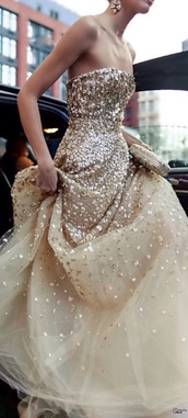 prom dress,elegant,classy,golden prom dress,metallic prom dress,gold dress,sherri hill,elegant dress,amazing,dress,gown,evening outfits,evening dress,special,style,pretty little liars,summer dress,special occasion dress,sequin dress,www.ebonylace.storenvy.com