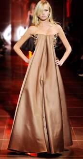 dress,armani,gown,brown,gold,shimmer,lond,maxi dress,formal,giorgio armani,model,runway,catwalk,formal dress