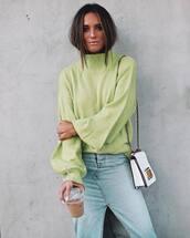 sweater,green sweater