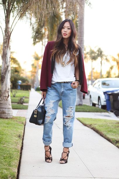 jeans blue jeans torn ripped jeans boyfriend jeans high heels leather bag handbag jewelry shoes