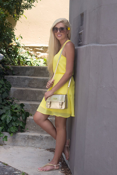 sandals blogger superficial girls yellow dress satchel bag sunglasses