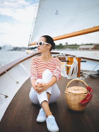 bag holidays tumblr vacation outfits pants white pants top stripes striped top basket bag sneakers white sneakers sunglasses scarf jeans